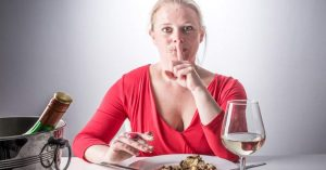 sleep-deprivation-cause-people-to-eat-more-calories